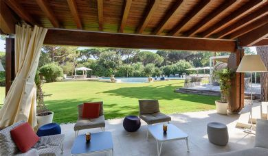 Villa for sale in Castiglione della Pescaia with heated jacuzzi pool: Bathroom