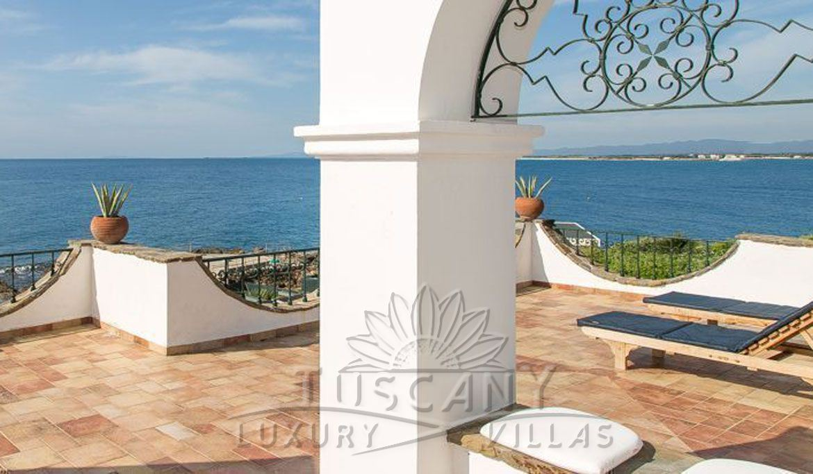 Seafront luxury villa for sale in Castiglioncello with pool and park: View from the terrace