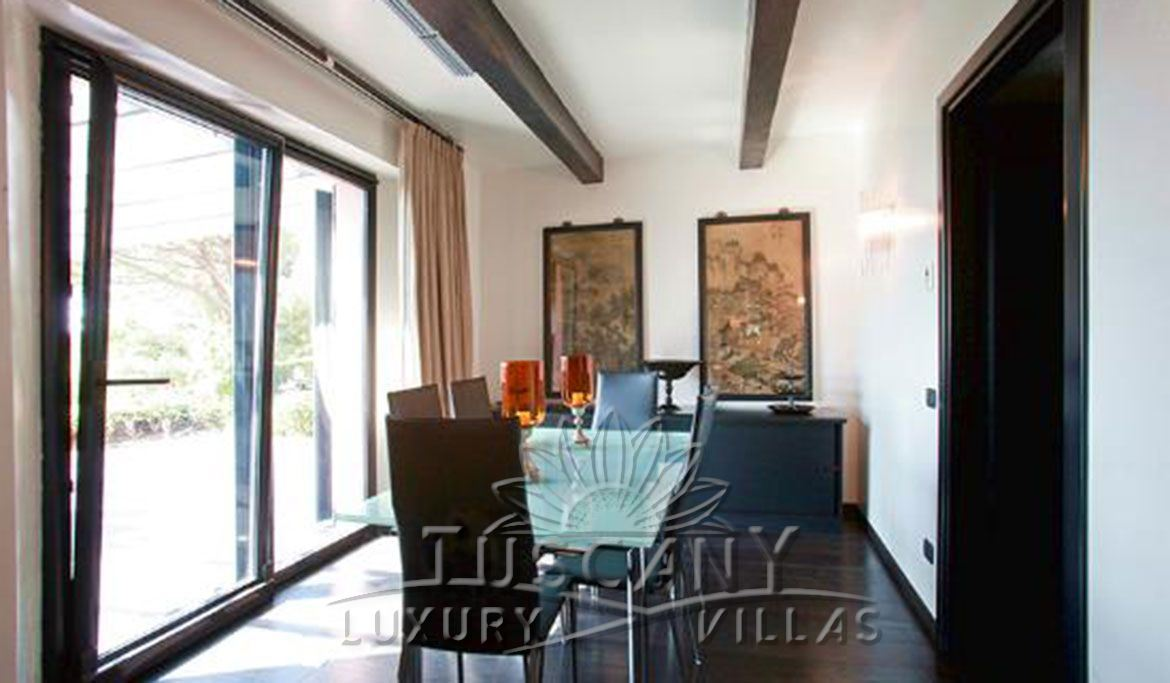 Exclusive luxury villa for sale in Monte Argentario with pool: Internal view