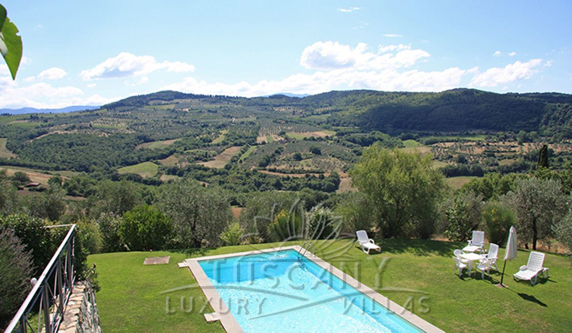 Luxury villa for sale in Florence hills with pool: Panoramic view